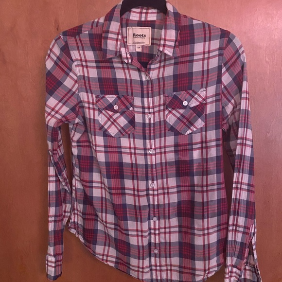 Roots Tops - Roots button up plaid shirt size S